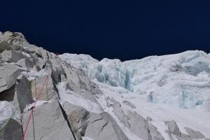Dazampa Tse (6293m) Nepal: À la verticale de la peine (17/10/2015 & 18/10/2015 Mathieu Détrie, Julien Dusserre, Pierre Labbre, Mathieu Maynadier. Photo by archive Nangpai Gosum 2015